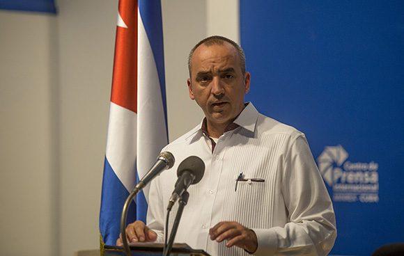 Mantiene Cuba prórroga a sus ciudadanos en el exterior