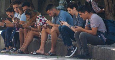 El ciberespacio es también un frente de batalla de la juventud